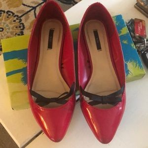 Red size 7 1/2 patent leather flats